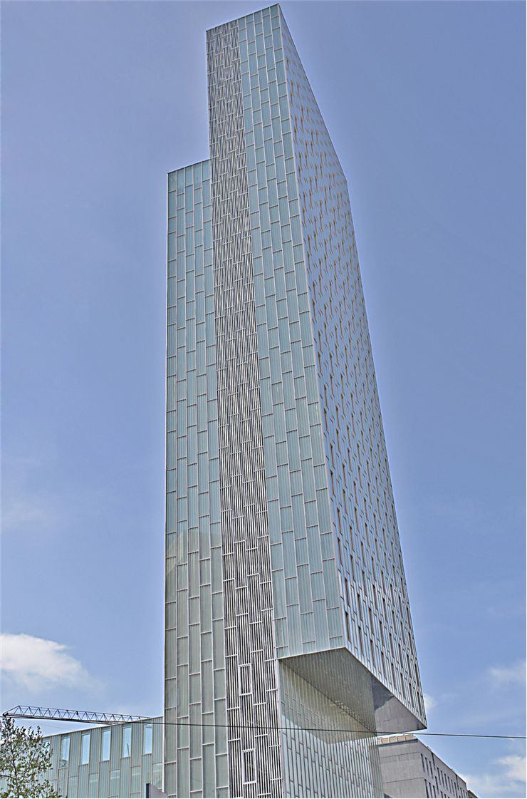 Picture Of Skyscraper Constructed In The Diagonal