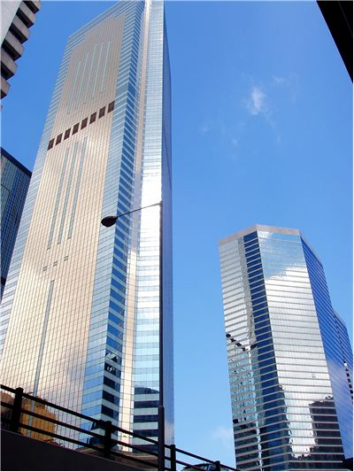 Picture Of Skyscraper In Hong Kong